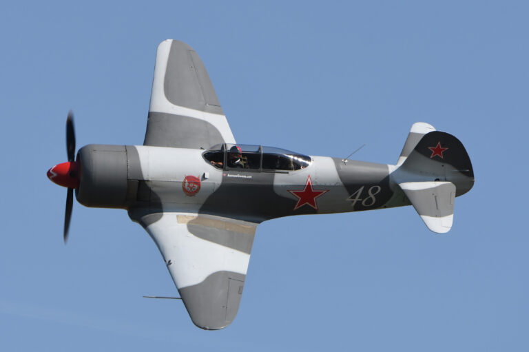 Yak 3-U PW (F-AZZK) © Eric Bannwarth